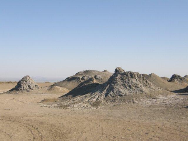 Грязевые вулканы, Азербайджан