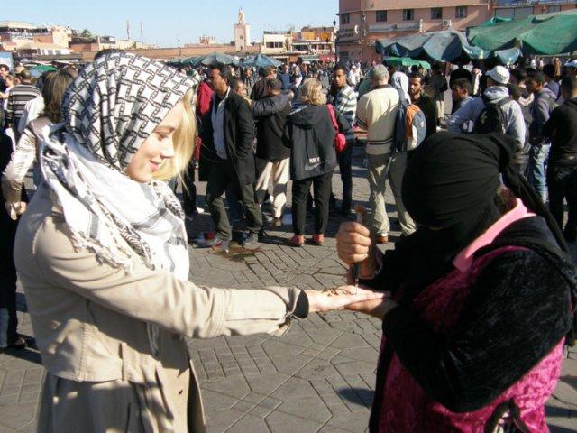 Гадание по руке, Марракеш, Марокко