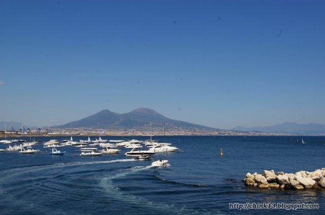 Вид на Везувий из Неаполя
