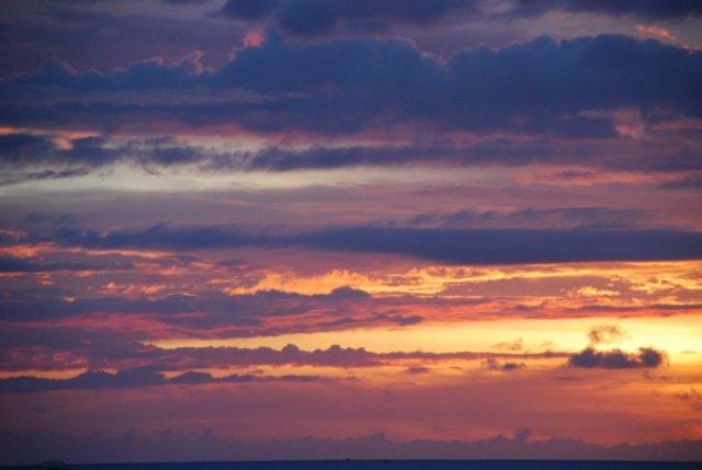 Закат на Борнео, Малайзия