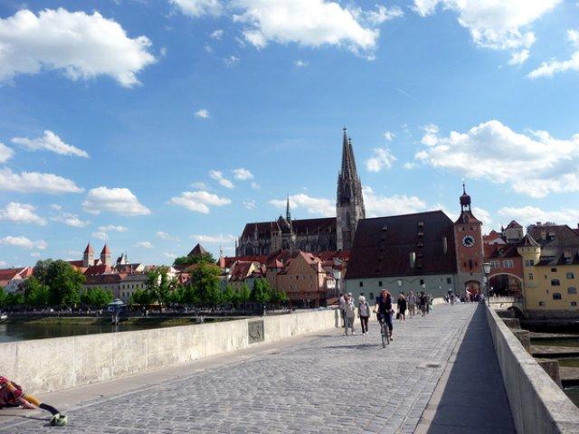 Старый мост Регенсбурга