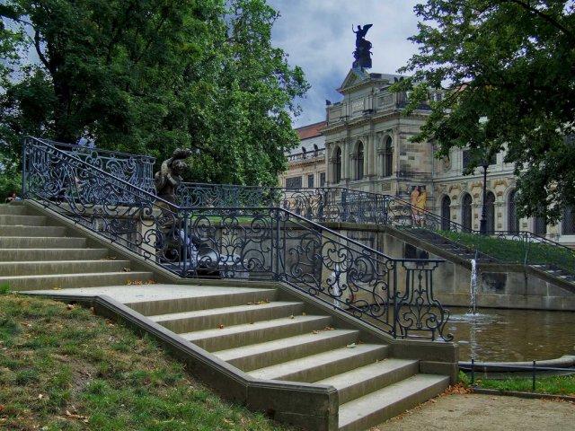 Галерея Альбертинум в Дрездене, Германия