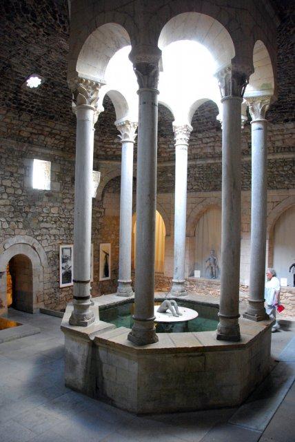 Арабские бани Жироны, Испания