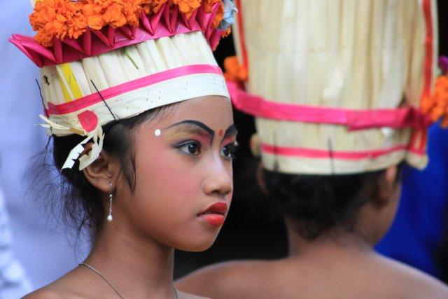 Юные танцовщицы, Бали