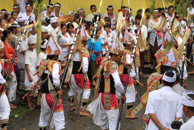 Традиционные танцы, Бали