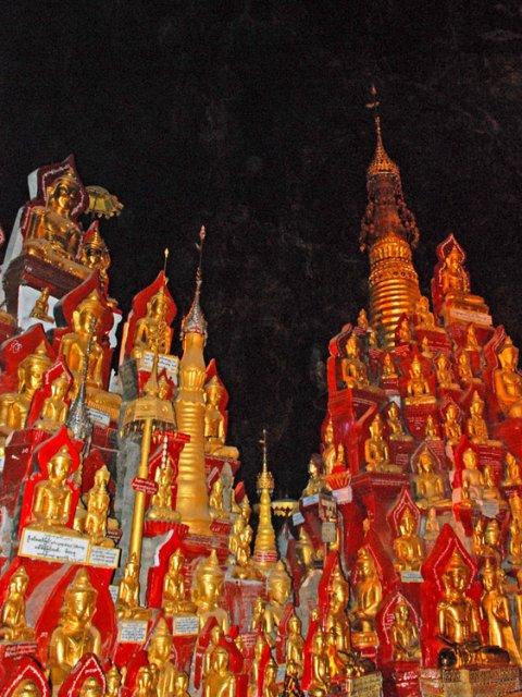 Пещерные храмы Пиндаи, Мьянма