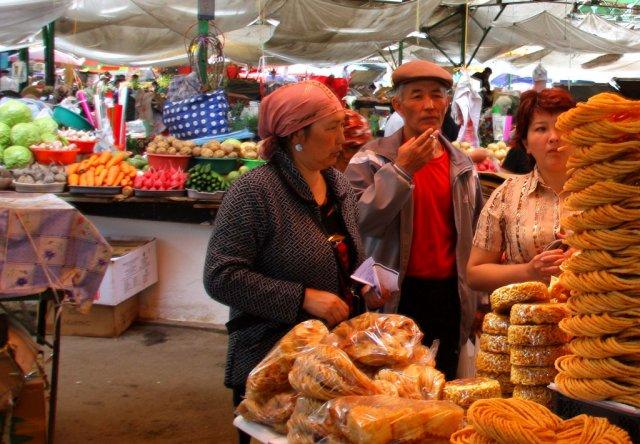 Рынок в Бишкеке, Киргизия