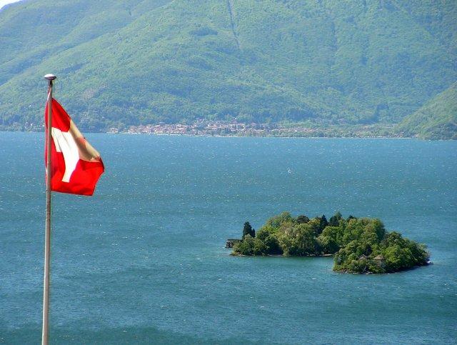 Остров Бриссаг, Швейцария