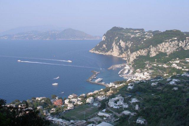 Порт острова Капри, Италия