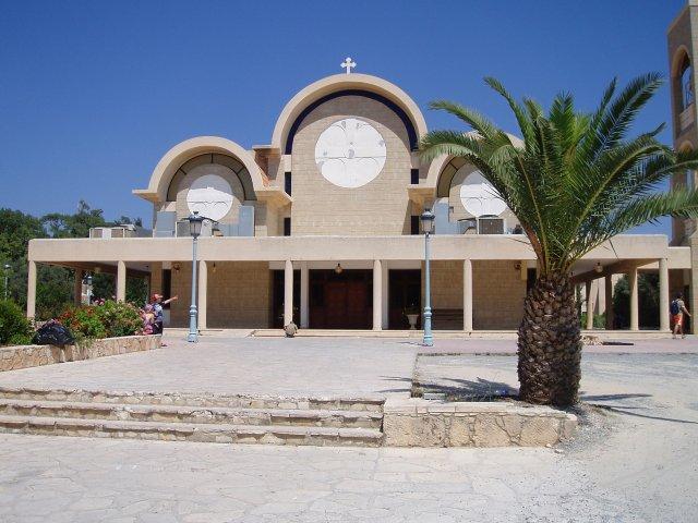 Кафедральный Собор в Айя-Напе, Кипр