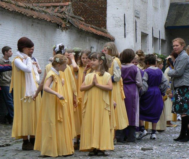 Детская процессия, Фландрия, Бельгия
