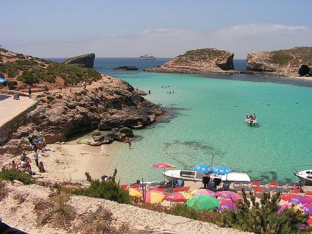 Остров Комино, Мальта