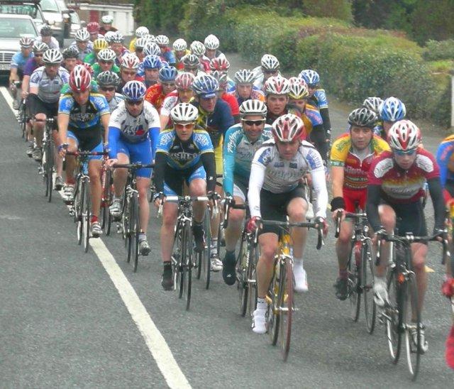 Велосипедисты в Co. Уиклоу, Ирландия