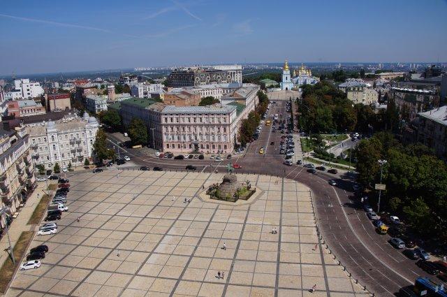 Вид на Софийскую площадь с колокольни, Киев