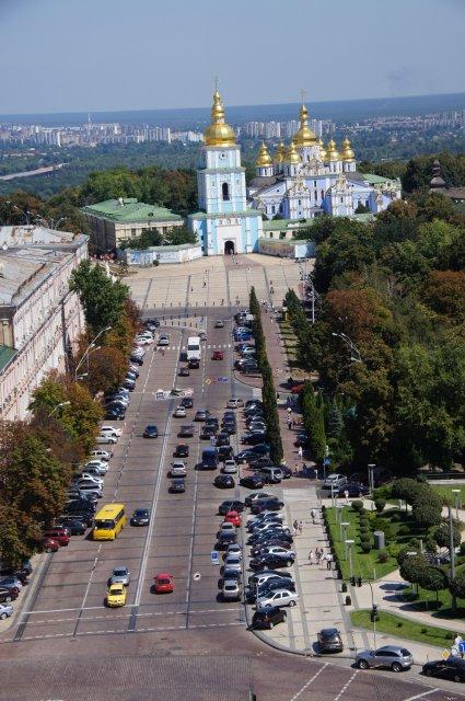 Вид на Михайловский собор с колокольни, Киев