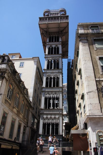 Здание-лифт - подъемник Санта-Жушта, Лиссабон, Португалия
