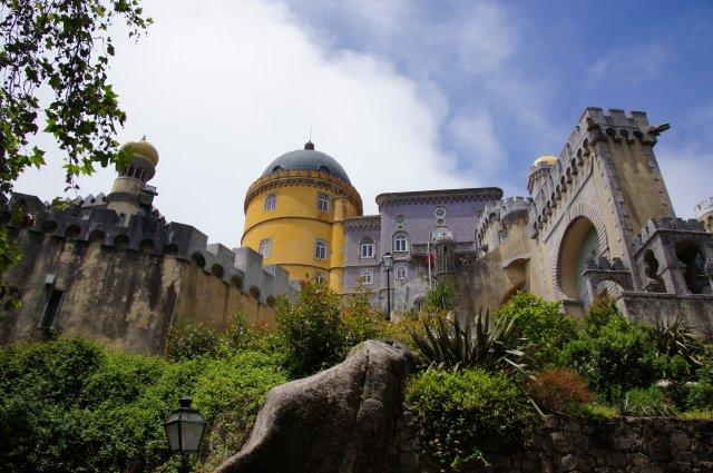 Замок Пена в Синтре, Португалия