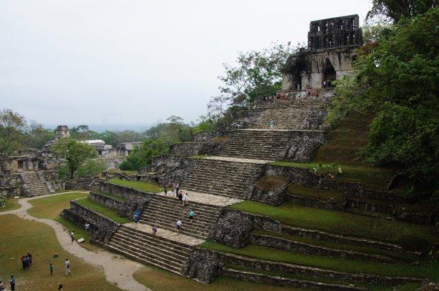 Пирамиды в Паленке, Мексика