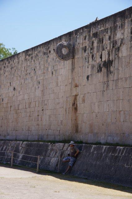 Кольцо для игры в мяч, Чичен-Ица, Мексика