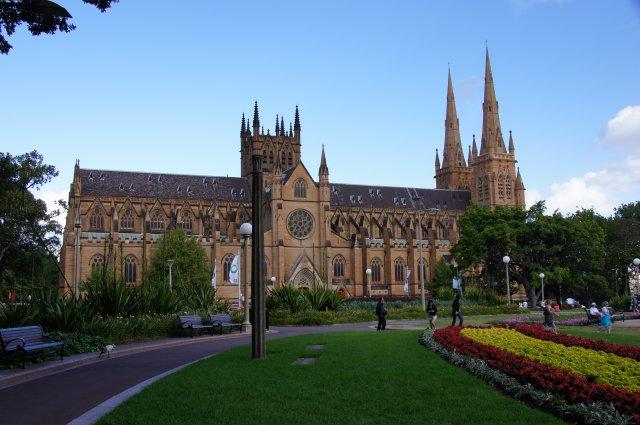 Собор рядом с Гайд Парком в Сиднее, Австралия