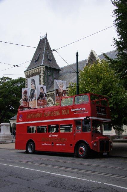 Туристический автобус в Крайстчерче, Новая Зеландия
