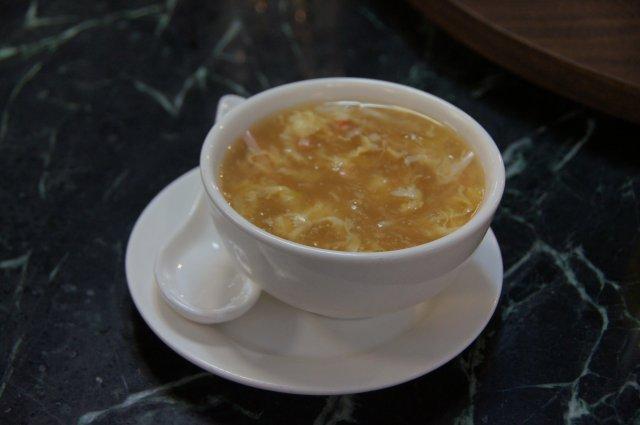 Суп из акулы в китайском ресторане Golden Dragon