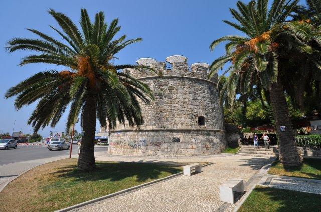Башня Byzantine в городе Драч (Дуррес), Албания