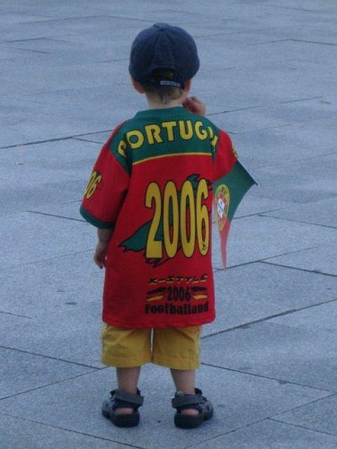 Юный болельщик футбола, Португалия
