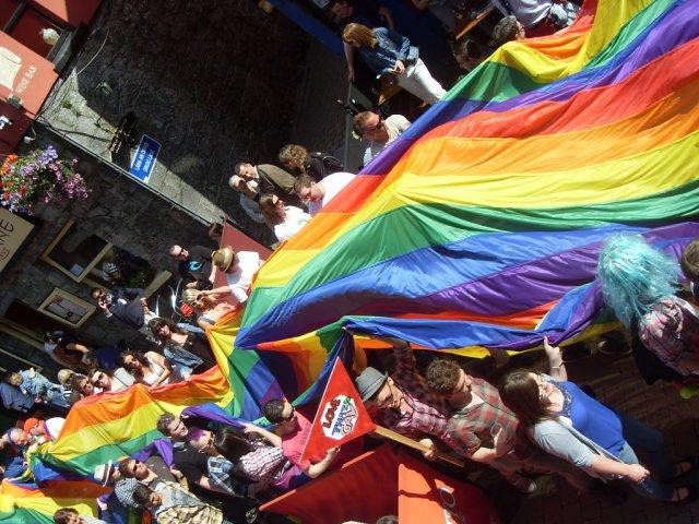 Парад в городе Голуэй, Ирландия