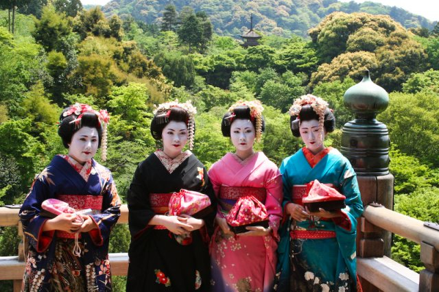 Гейши в Киото, Япония