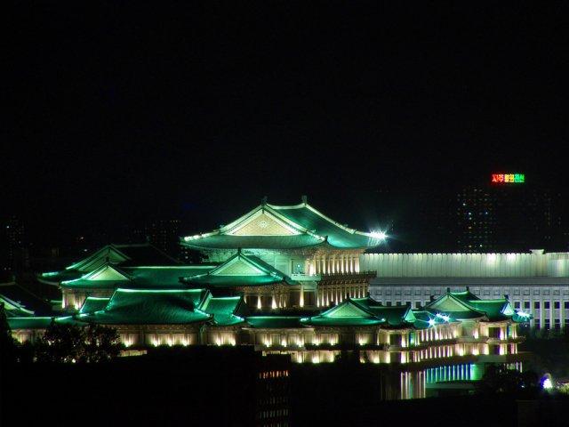 "Библиотека ""Grand People's Study House"", Пхеньян, Северная Корея"