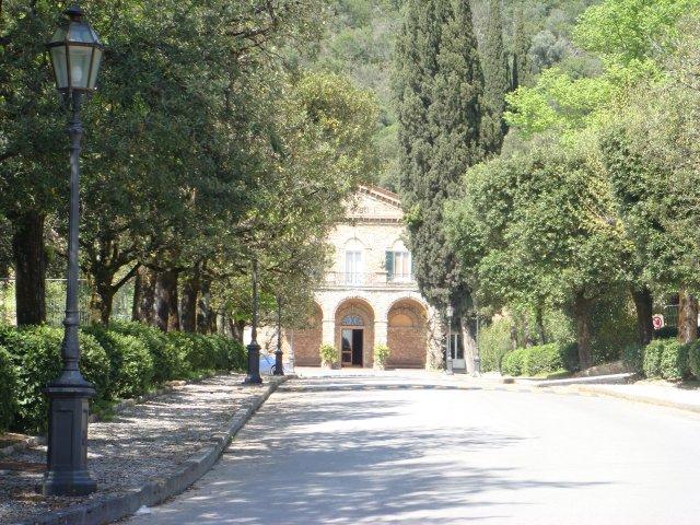 Грот Джусти в Монсуммано-Терме, Италия
