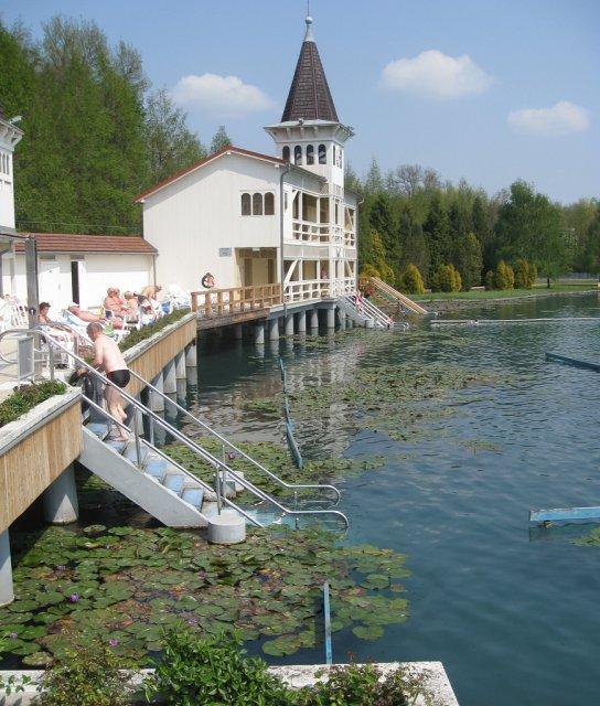 Термальное озеро Хевиз, Венгрия
