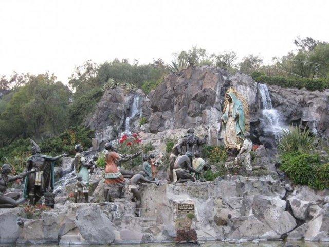 Явление девы Гваделупы, Мексика