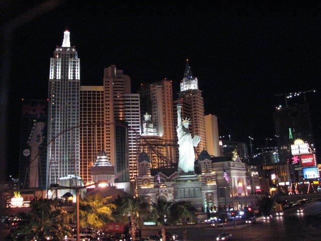 Отель Нью-Йорк - Нью-Йорк, Лас-Вегас