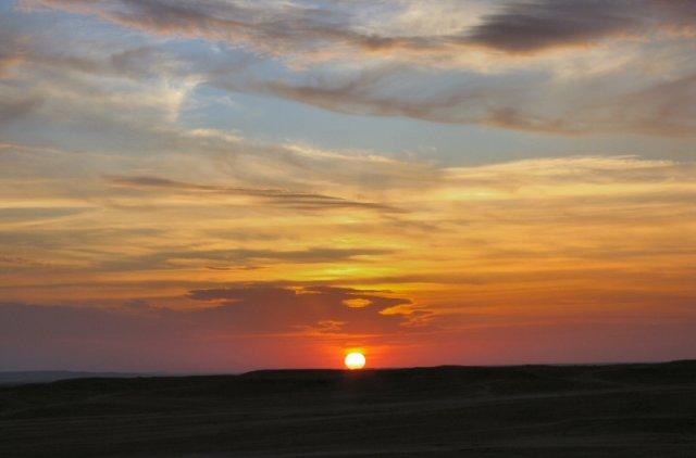 Закат в Иракской пустыне