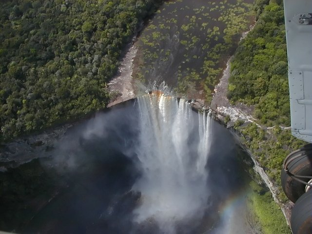 Водопад Кайетур, Гайана