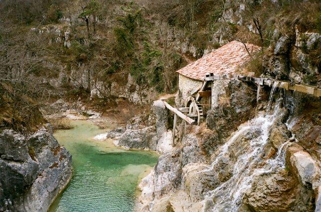 Хум - город-крепость Хорватии