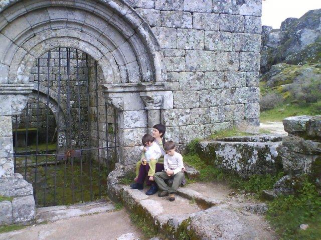 Монсанто – португальская деревня из камня