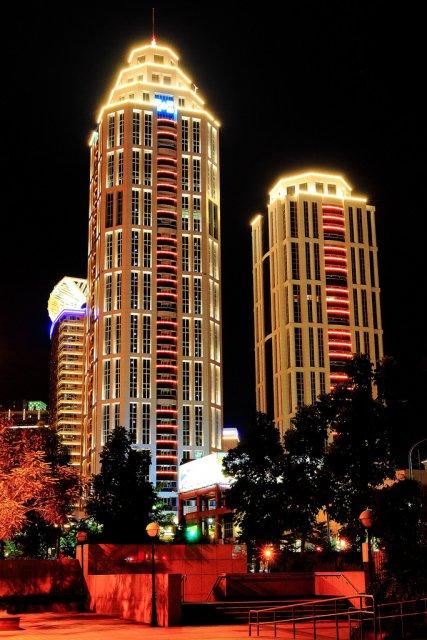 Ночные небоскребы в Тайбэй, Тайвань