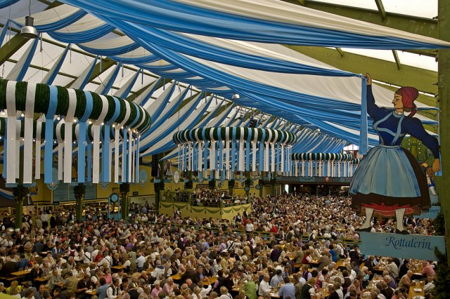 Октоберфест 2011 в Мюнхене, Германия
