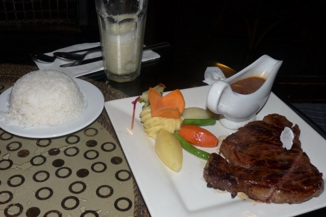 Ресторан отеля Мандарин DON VITO, Боракай