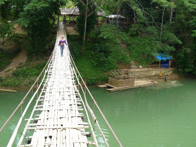 Подвесной бамбуковый мост, Бохол, Филиппины