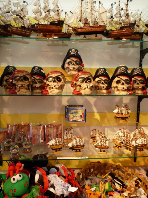 Сувениры в пиратском стиле, Сент Томас