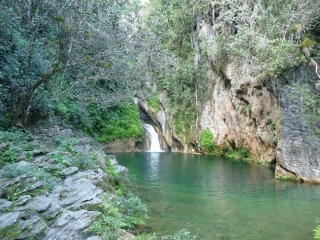 Бассейн водопада Сальто-дель-Кабурни, Сьенфуэгос