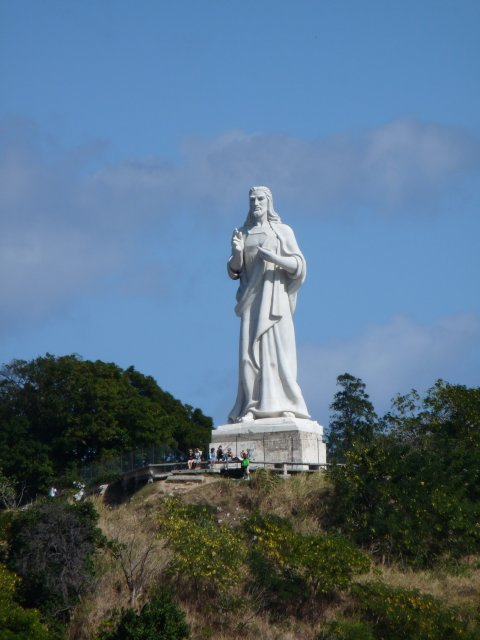 Статуя Иисуса в Гаване