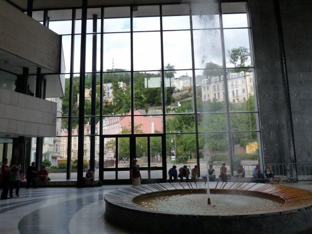Минеральный источник в Карловых Варах, Чехия