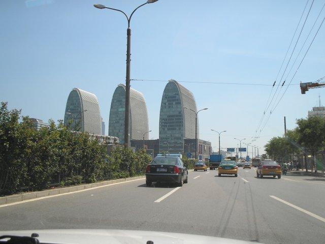 Деловые кварталы Пекина (из окна такси)