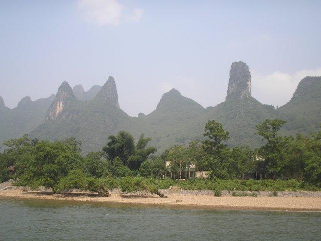 Круиз по реке Лицзян, карстовые холмы