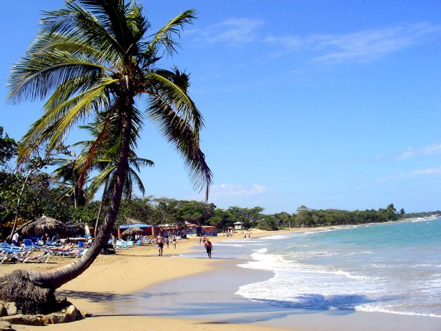 Пляж Плайя-Дорада, курорт Пуэрто-Плата, Доминикана